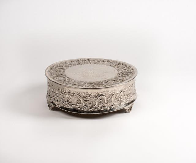 Where to rent Cake Stand, Round Silver 16in in Columbia MO, Jefferson City, Prathersville and Central Missouri