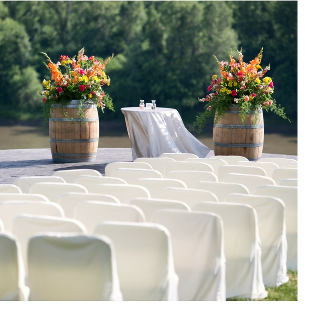 Chair covers and sashes rentals in Columbia, MO